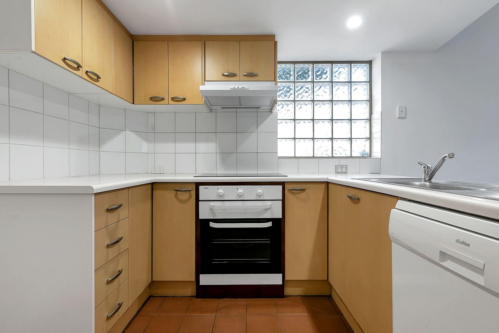 27 Willcox Street, Adelaide SA 5000, Image 2