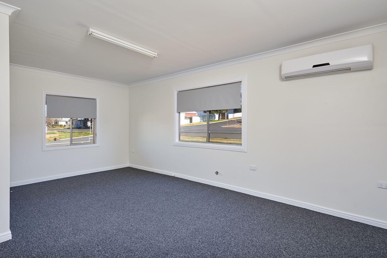 25 Thomas Street, Junee NSW 2663, Image 2