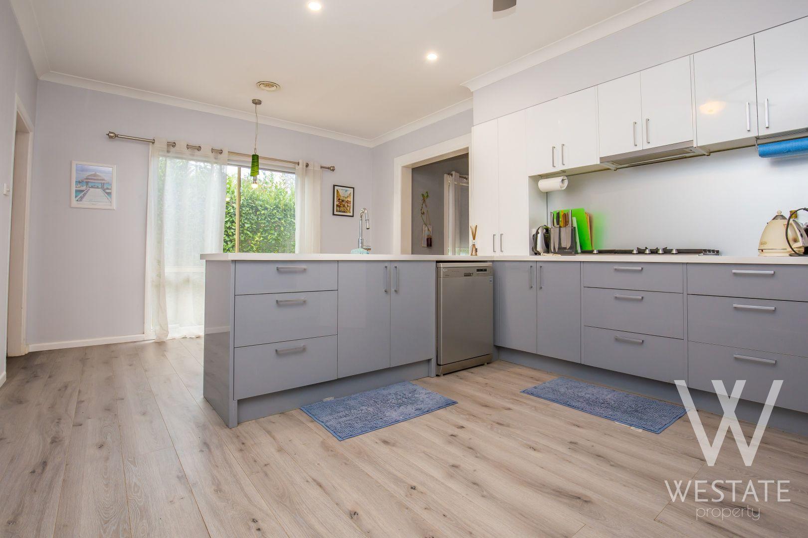 46 Stewart Street, Bathurst NSW 2795, Image 2