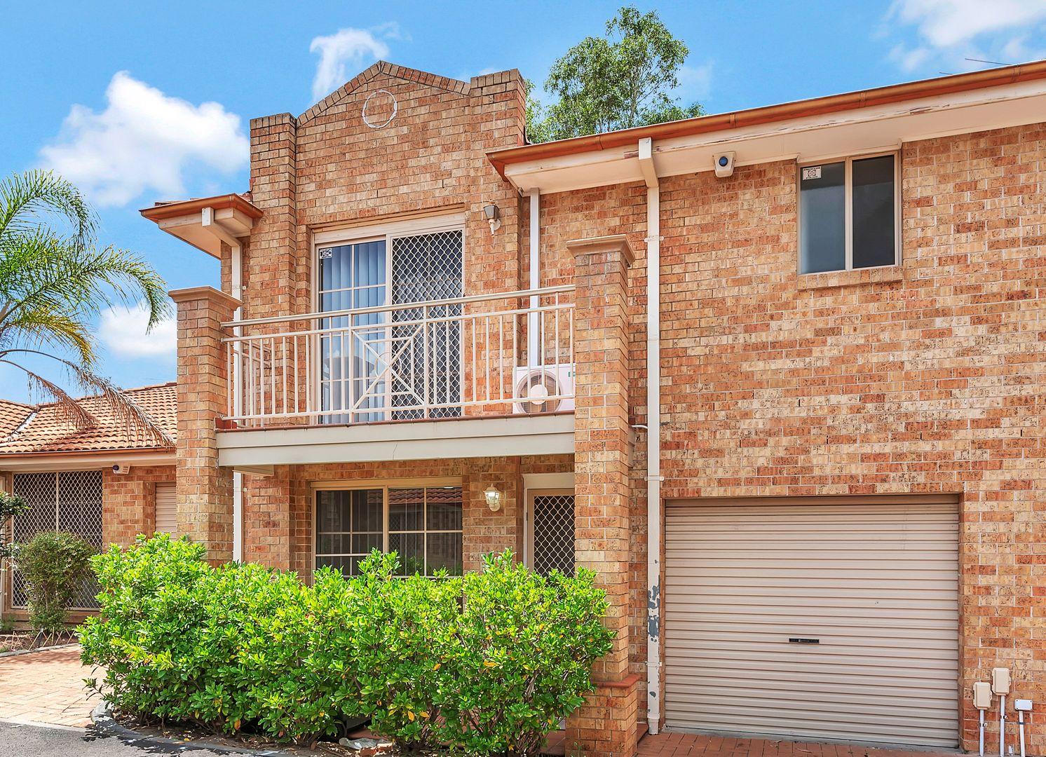 8/15-18 Dalton Place, Fairfield West NSW 2165, Image 0