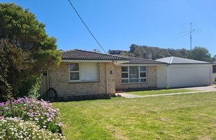 Picture of 8 Manley Crescent, Collingwood Heights WA 6330