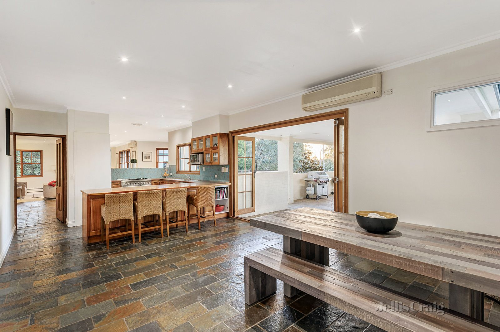 33-41 Beauty Gully Road, Warrandyte VIC 3113, Image 2