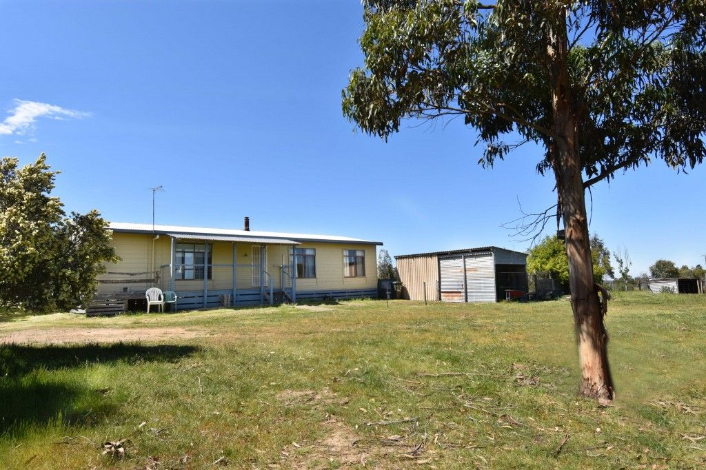 25 Wards Roads, Newtown VIC 3351, Image 0