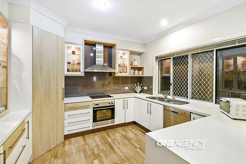 23 Carisbrook Cct, Forest Lake QLD 4078, Image 1