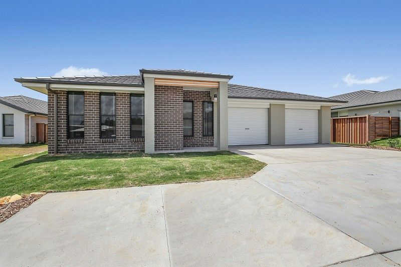 1/7 Carmac Avenue, Port Macquarie NSW 2444, Image 0