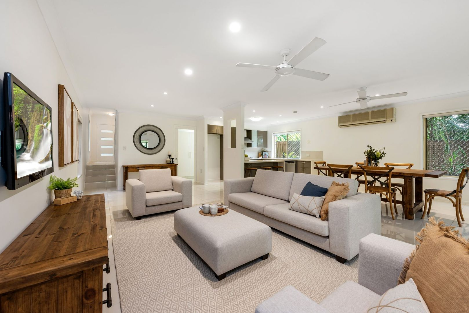 13 Vivian Street, Tennyson QLD 4105, Image 0