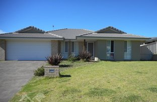 Picture of 6 Lovejoy Avenue, Blayney NSW 2799