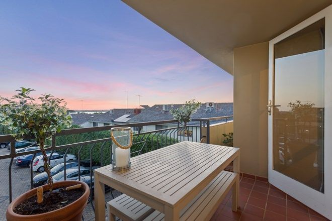 Picture of 26/16 Hensman Street, SOUTH PERTH WA 6151