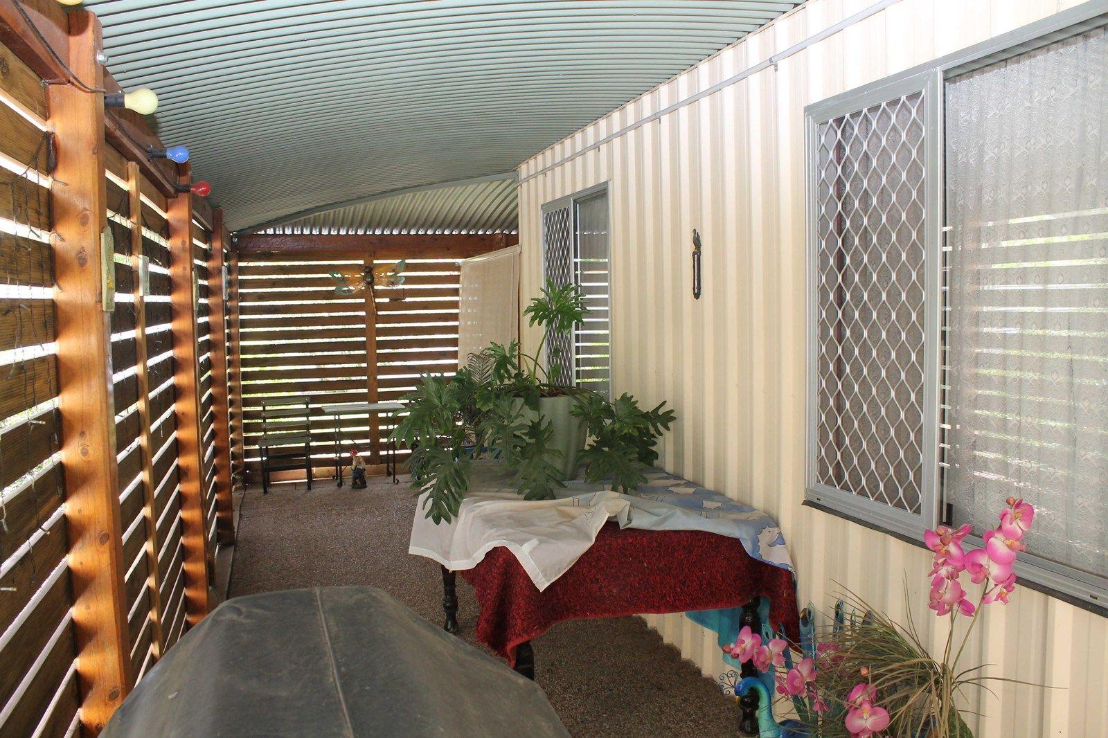 33 Lester St, Pratten QLD 4370, Image 1