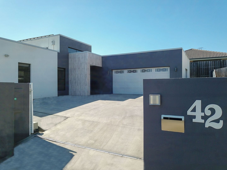 42 Navickas Circuit, Redbank Plains QLD 4301, Image 2