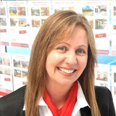 Kelly Crosby, Property Management Department Manager