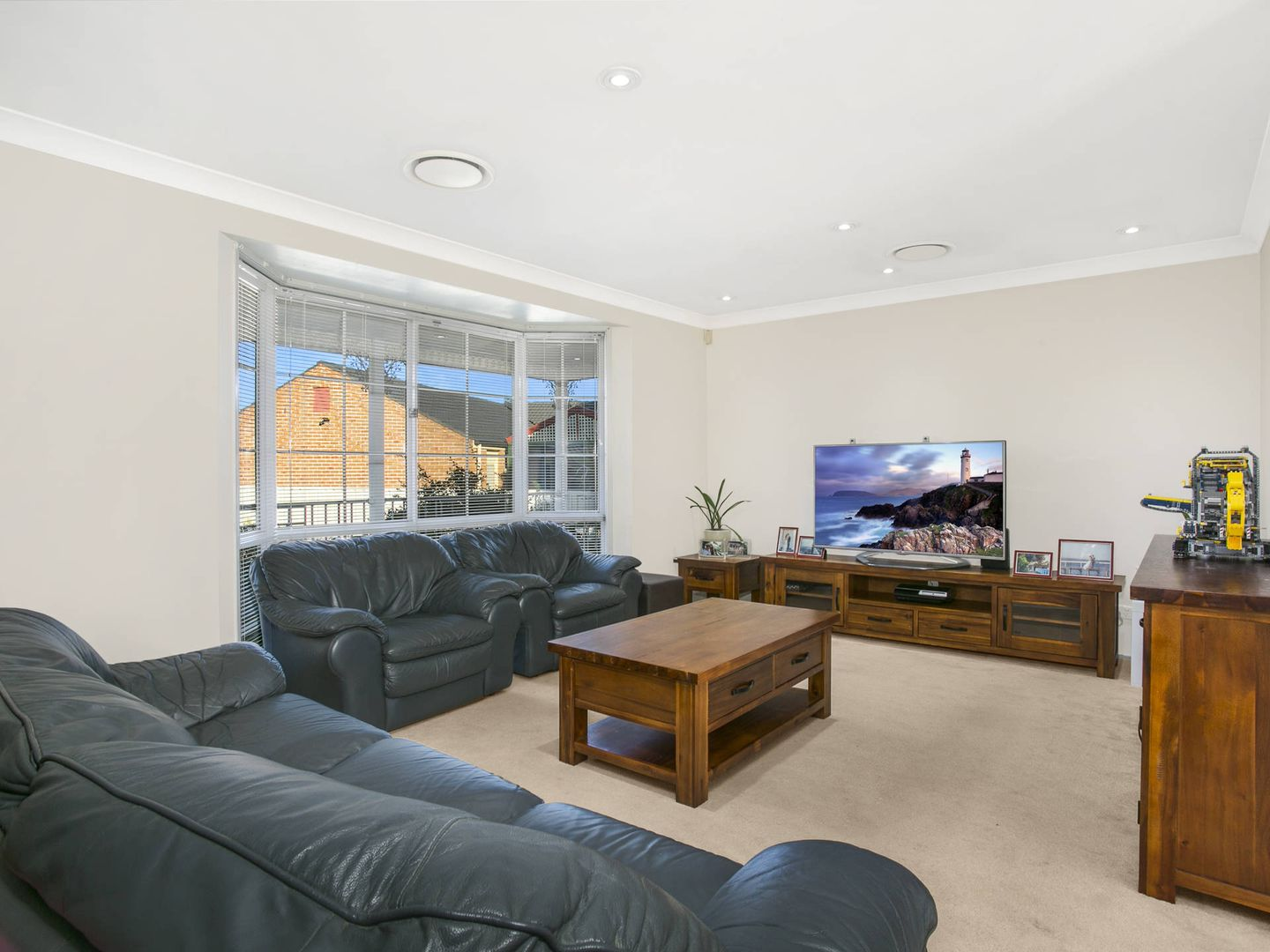 13 Samuel Place, Quakers Hill NSW 2763, Image 2