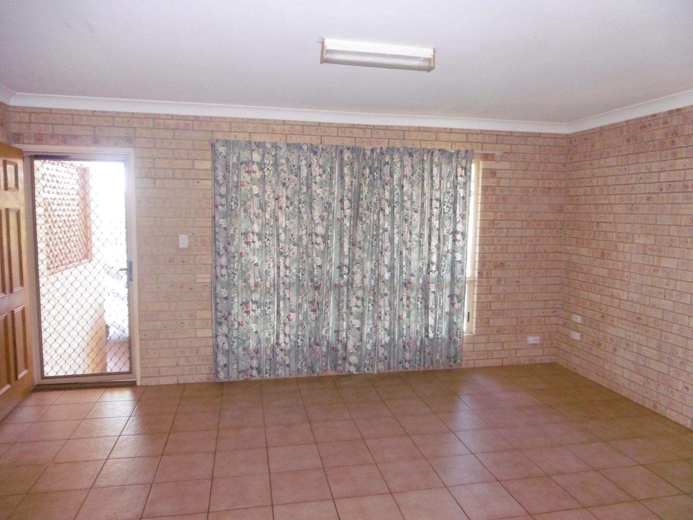 Unit 1/10 Mungomery St, Childers QLD 4660, Image 2
