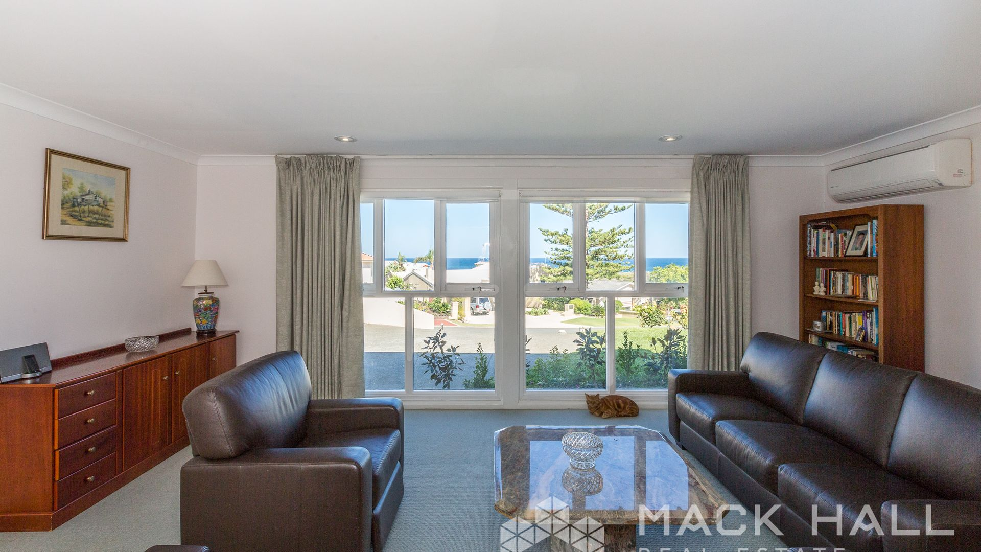 52 Aruma Way, City Beach WA 6015, Image 2