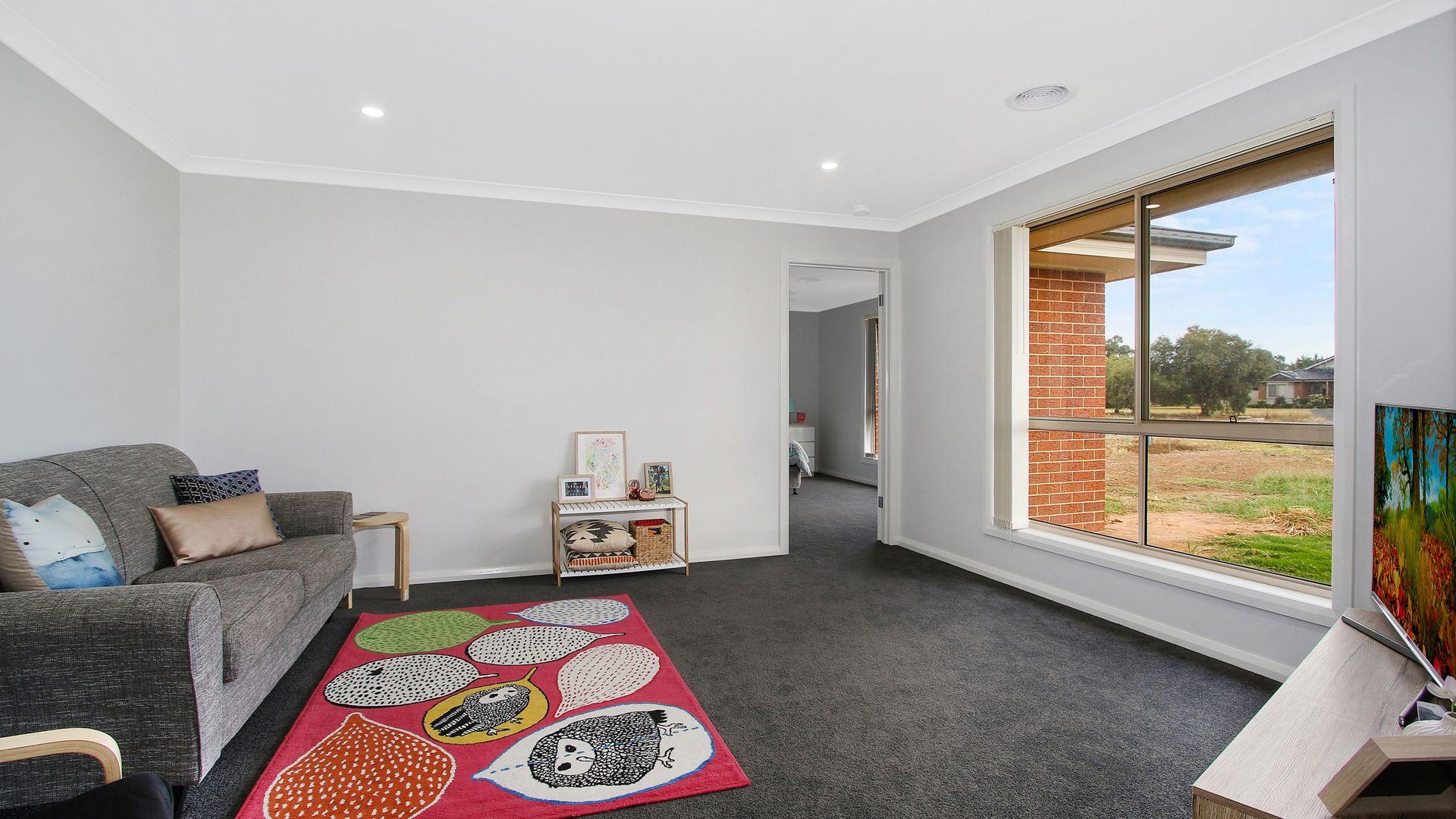 176 Jude Street, Howlong NSW 2643, Image 2