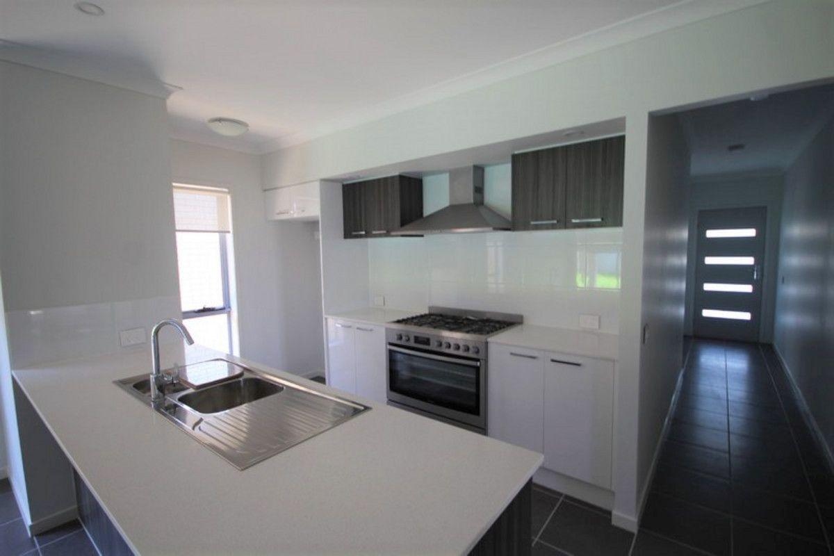 10 Candlenut Street, Ripley QLD 4306, Image 1