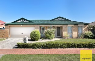 Picture of 15 Newminster Way, Point Cook VIC 3030