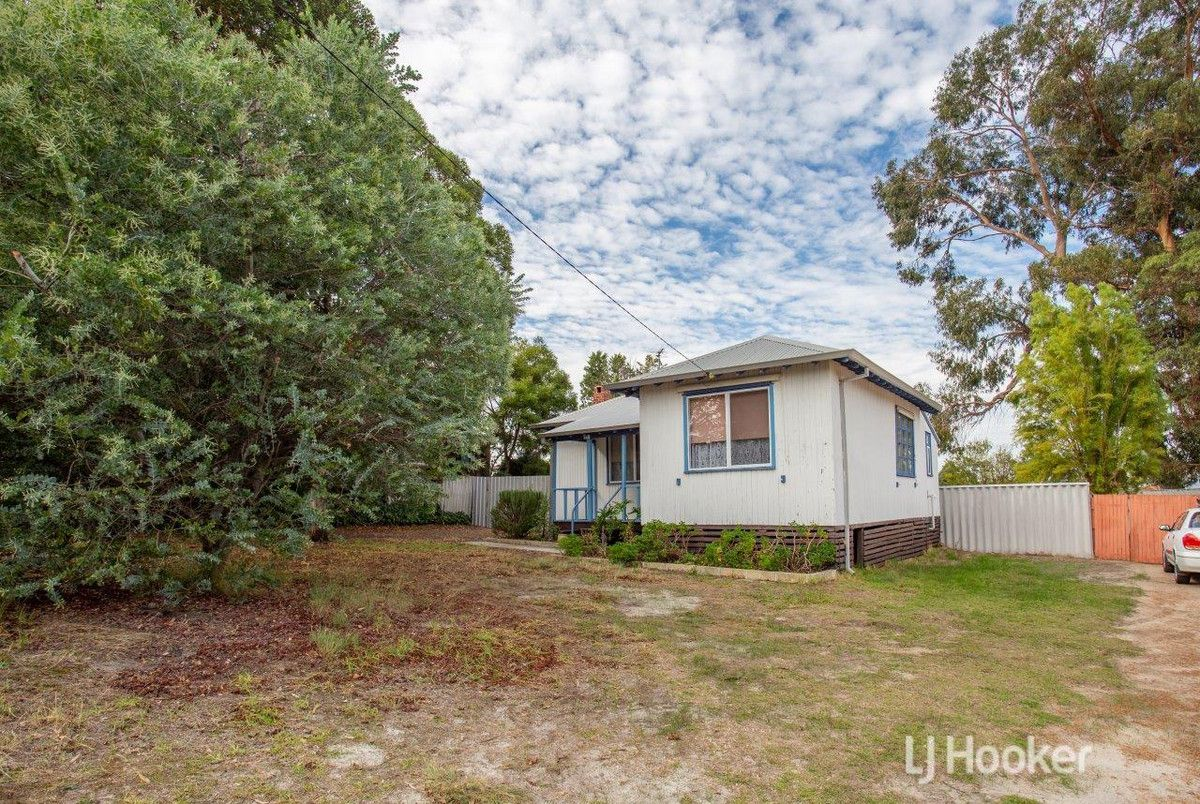 6 Benwell Place, Collie WA 6225, Image 1