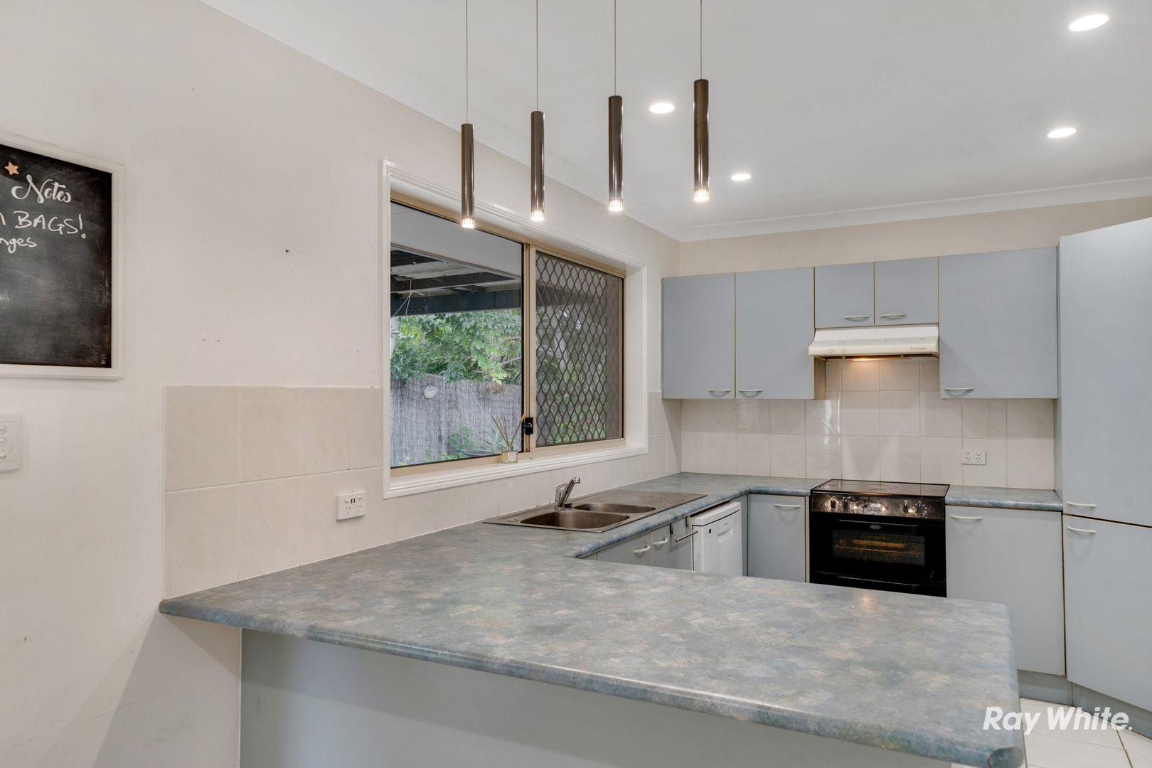 19 Sonorous Close, Regents Park QLD 4118, Image 2