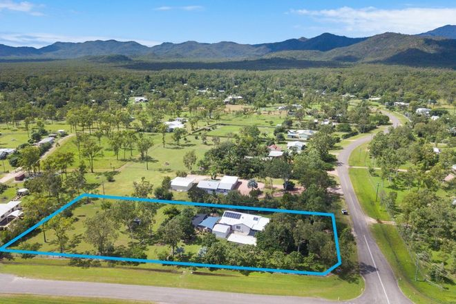 Picture of 28 Endeavour Road, BLUEWATER PARK QLD 4818