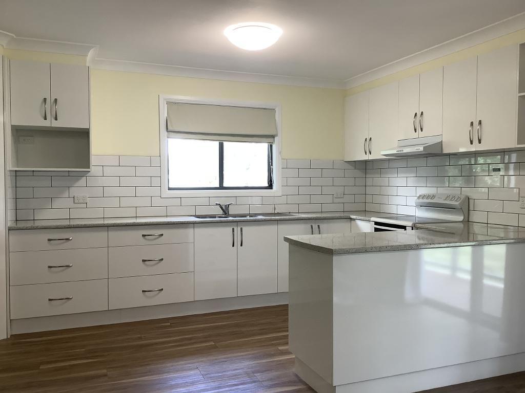 4 Kathryn Road, Leeton NSW 2705, Image 1
