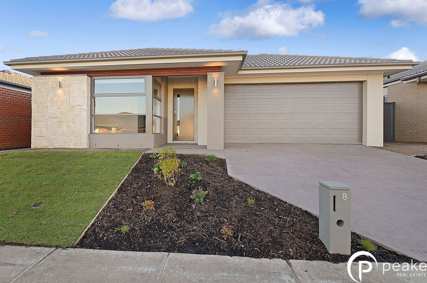 8 Jubilee Road, Clyde VIC 3978, Image 0