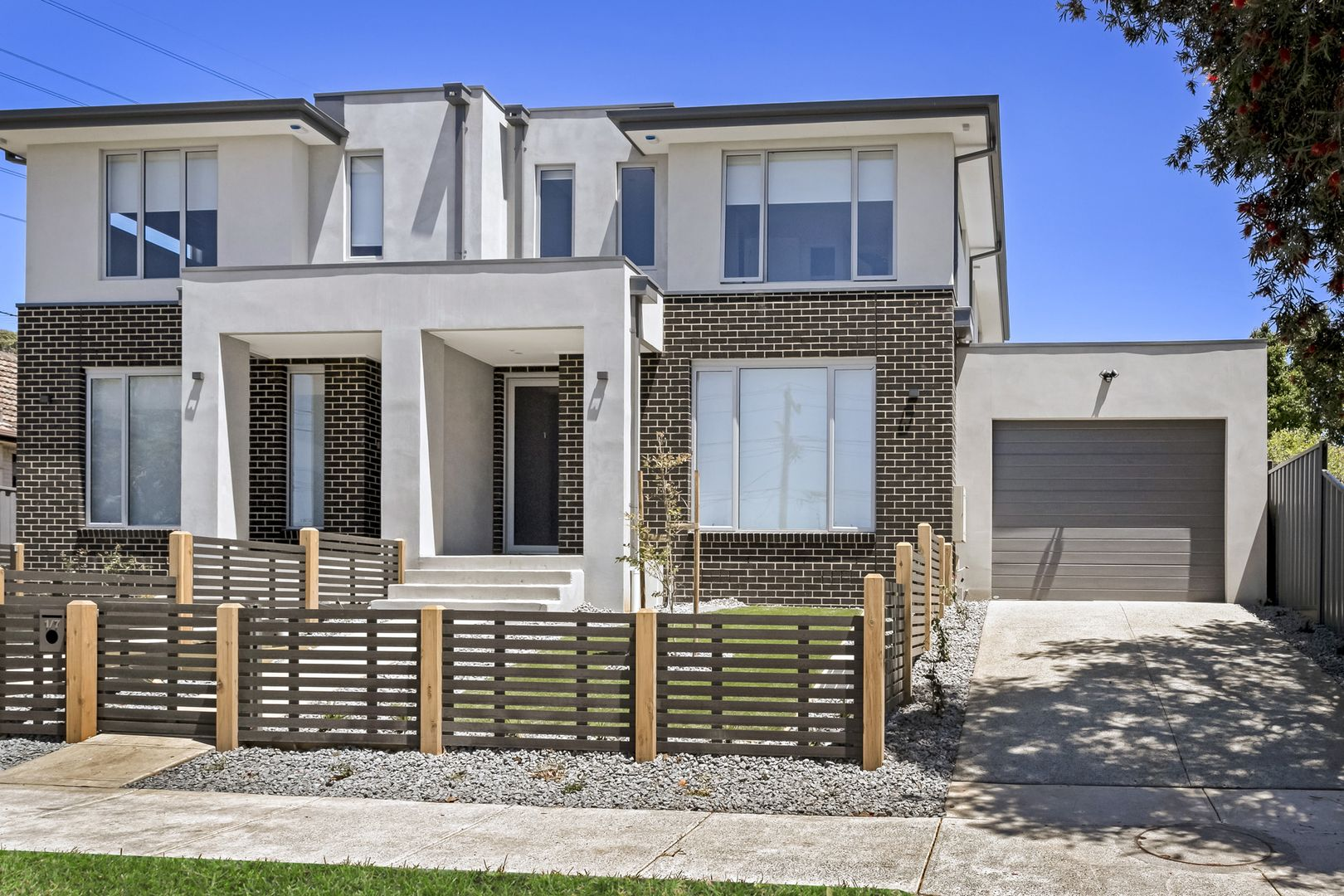 1/7 Garnet Street, Essendon West VIC 3040, Image 0