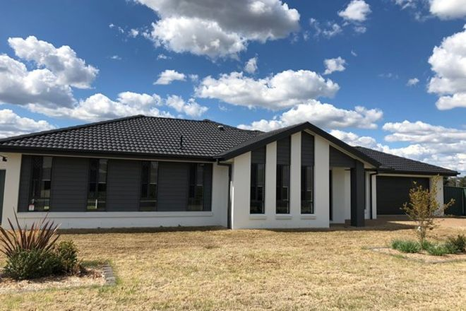 Picture of 4 Lara Ave, ARMIDALE NSW 2350
