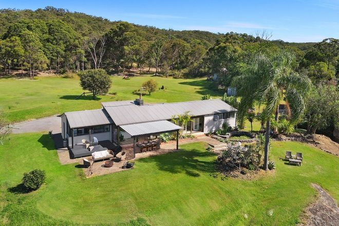Picture of 32 Sunnyside Avenue, POINT CLARE NSW 2250