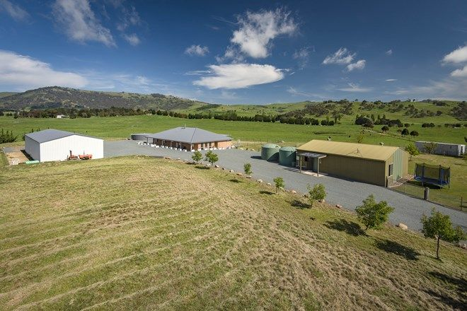 Picture of 97 Finlay Place, BURRA NSW 2620
