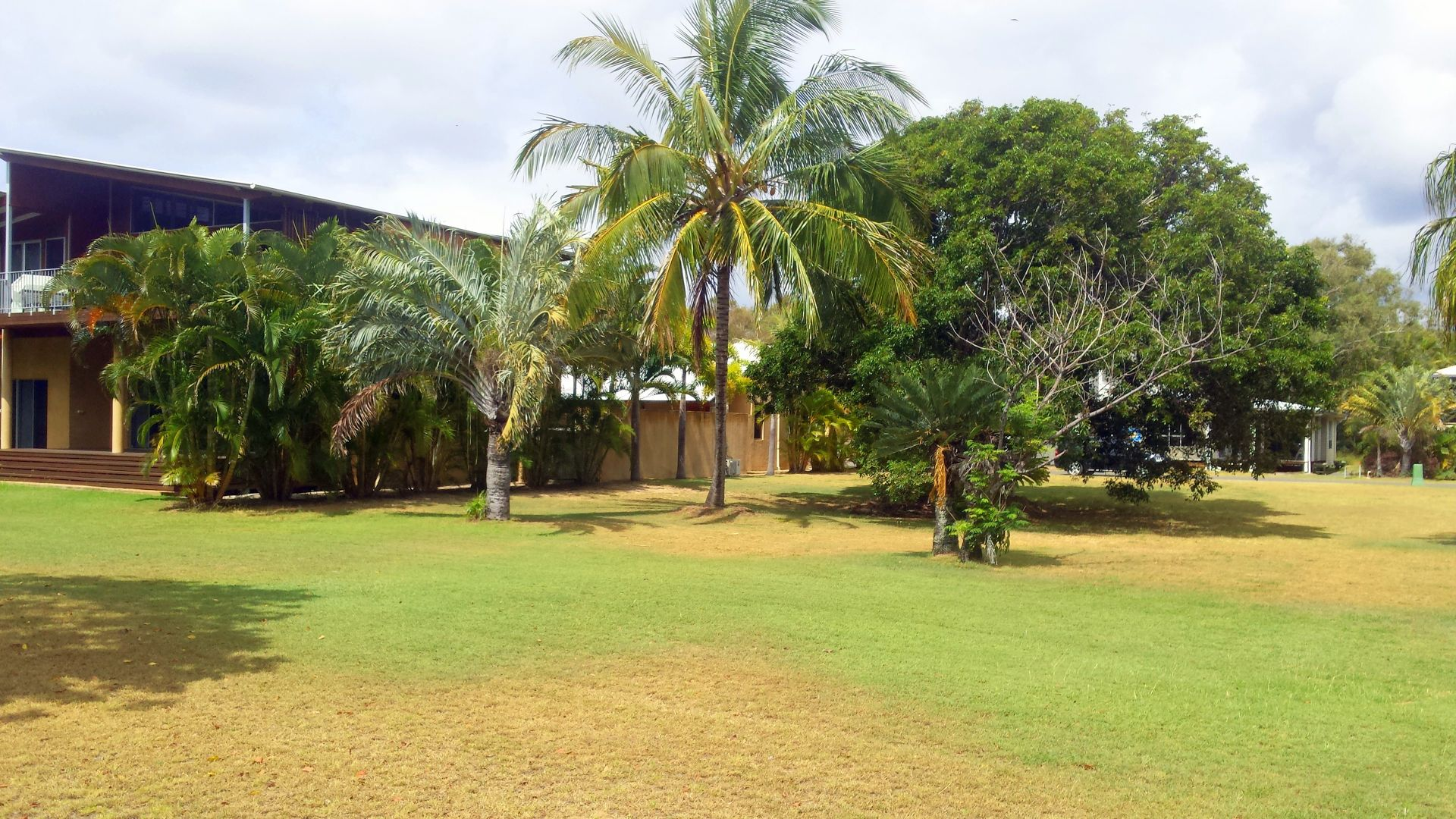 27 Beach Houses Estate Road, Agnes Water QLD 4677, Image 2