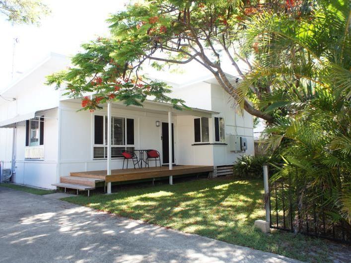 16 Clam Street, Runaway Bay QLD 4216, Image 1