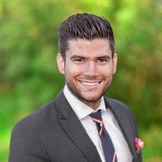 Jonathon Invelito, Sales Consultant