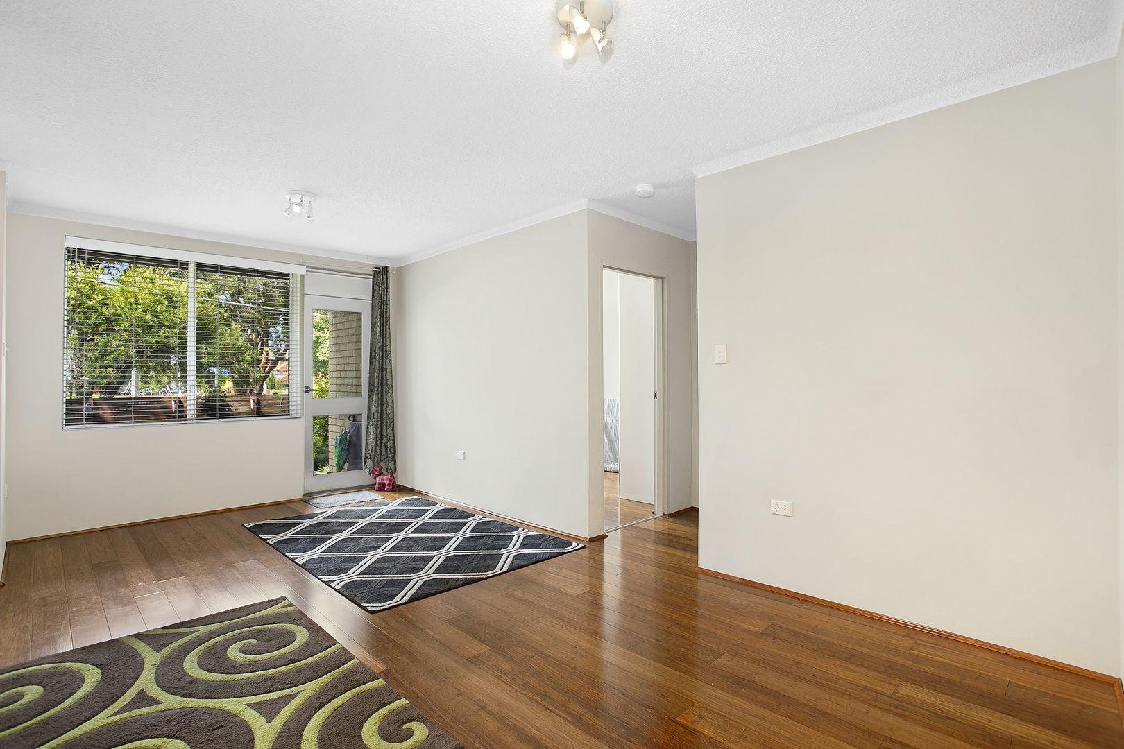 2/10 Evans  Avenue, Eastlakes NSW 2018, Image 2