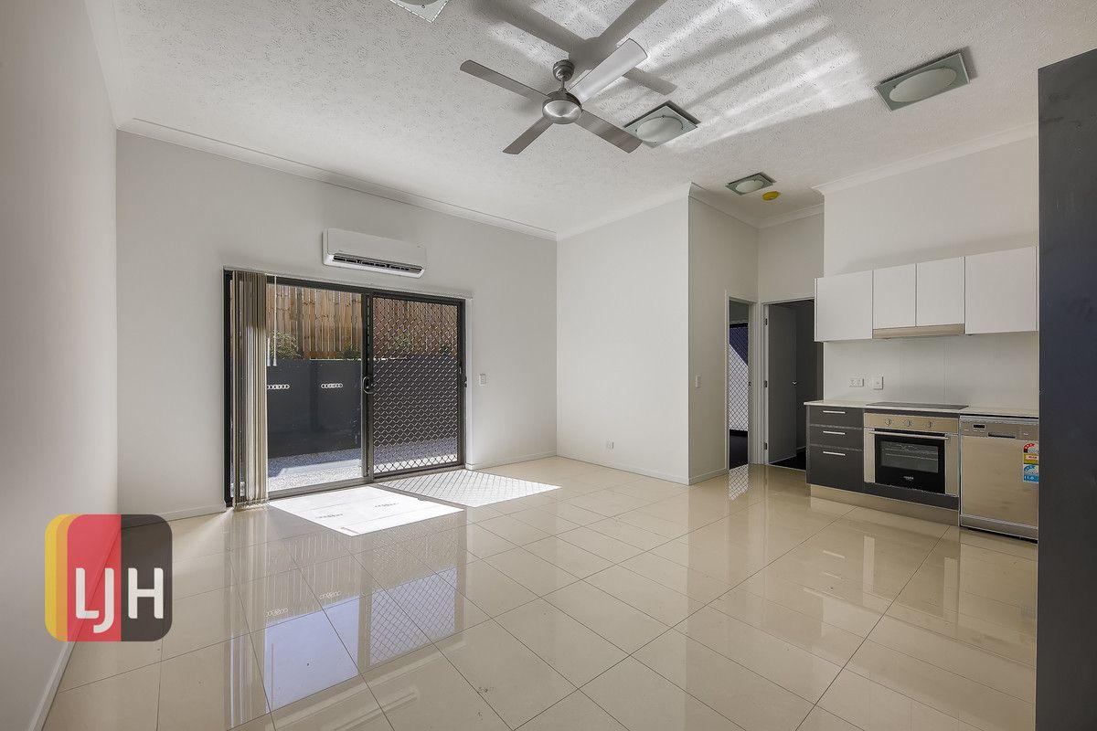 Ground floor units/17 Buddina Street, Stafford QLD 4053, Image 2