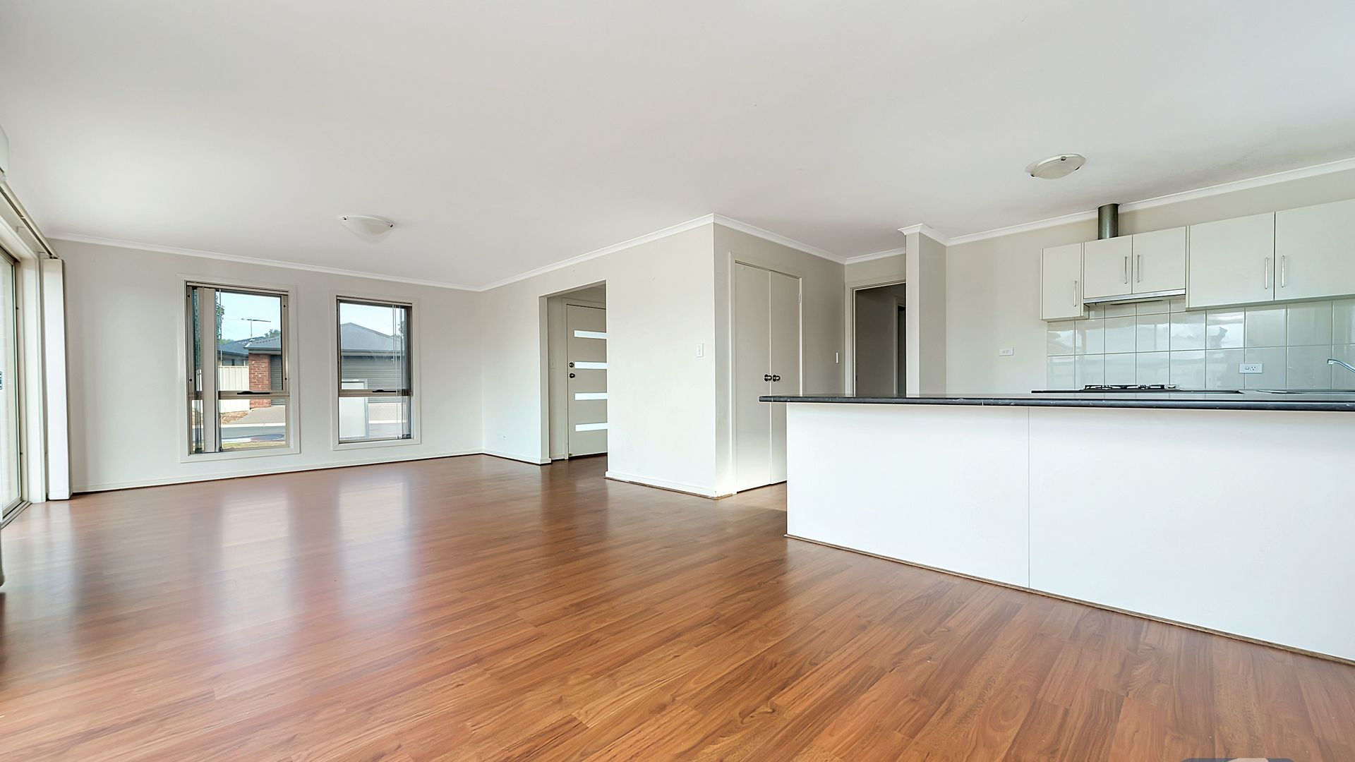 7 The Circuit, Smithfield SA 5114, Image 2