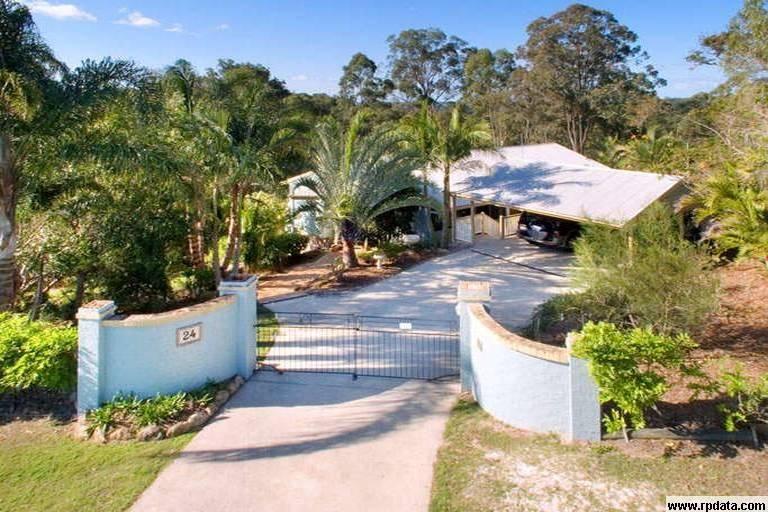 24 Blue Hills Drive, Bunya QLD 4055, Image 0