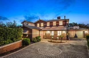 Picture of 11 Normanton Place, Berwick VIC 3806