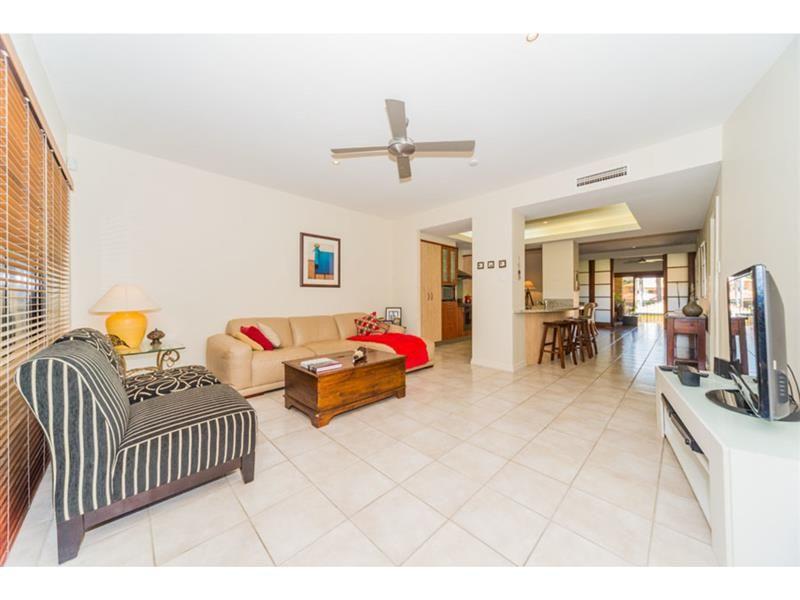 3265 Palladian Drive, Hope Island QLD 4212, Image 1