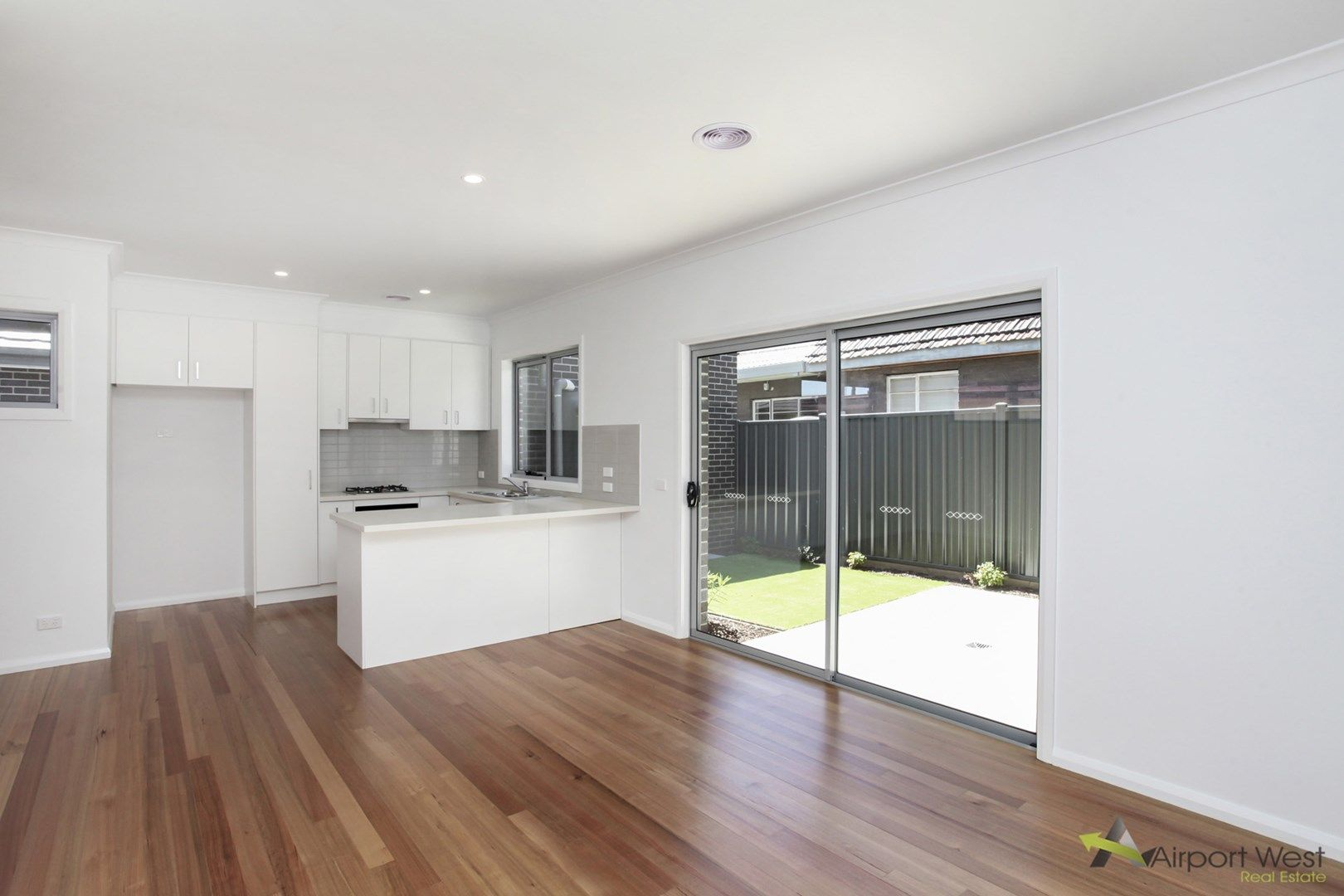 1/12 Hart Street, Airport West VIC 3042, Image 0