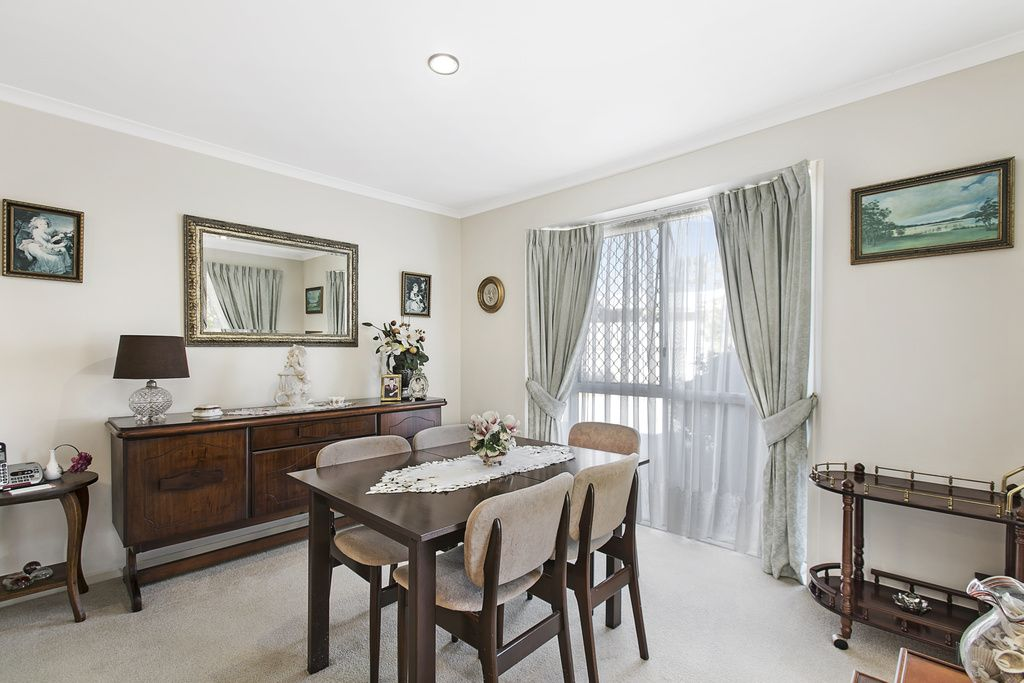 156/2 Ford Court, Carindale QLD 4152, Image 2