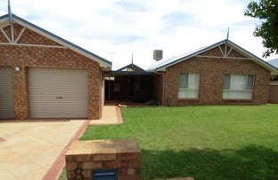 Picture of 8 Noonan Street, Parkes NSW 2870