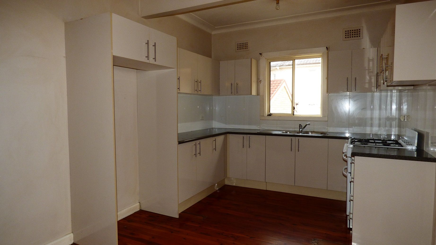 14 DOWNING AVE, Regents Park NSW 2143, Image 2