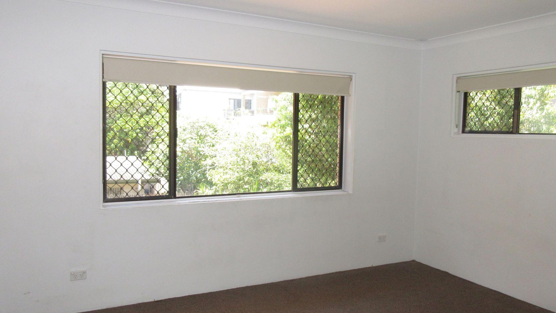 4/22 Chelsea Ave, Broadbeach QLD 4218, Image 1