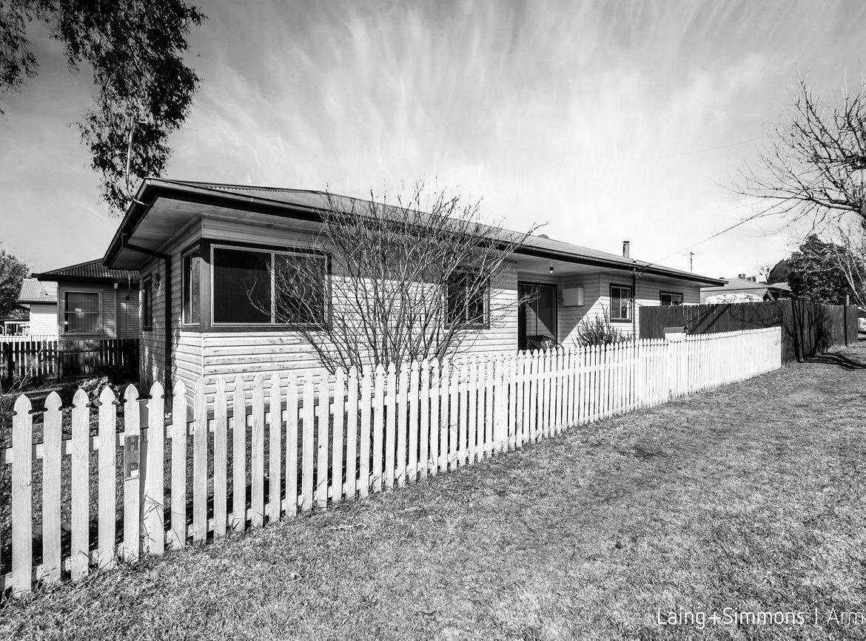151 Markham  Street, Armidale NSW 2350, Image 0