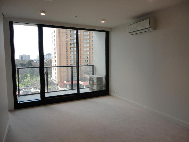 2601/33 Mackenzie Street, Melbourne VIC 3000, Image 1