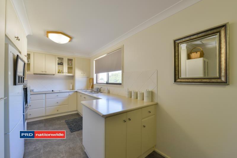 16 Myndee Avenue, Tamworth NSW 2340, Image 1