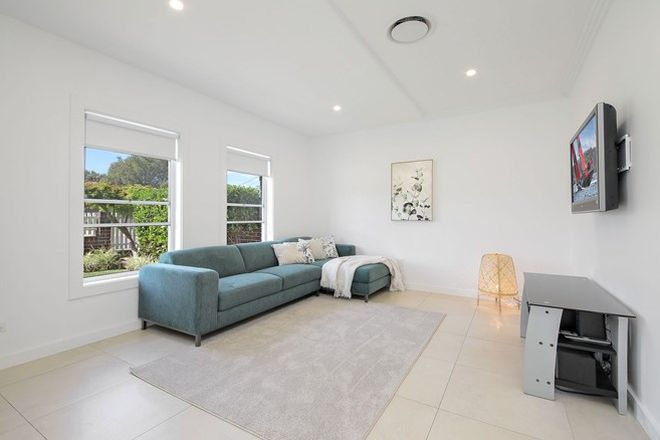 Picture of 1/180 Lambeth Street, PICNIC POINT NSW 2213
