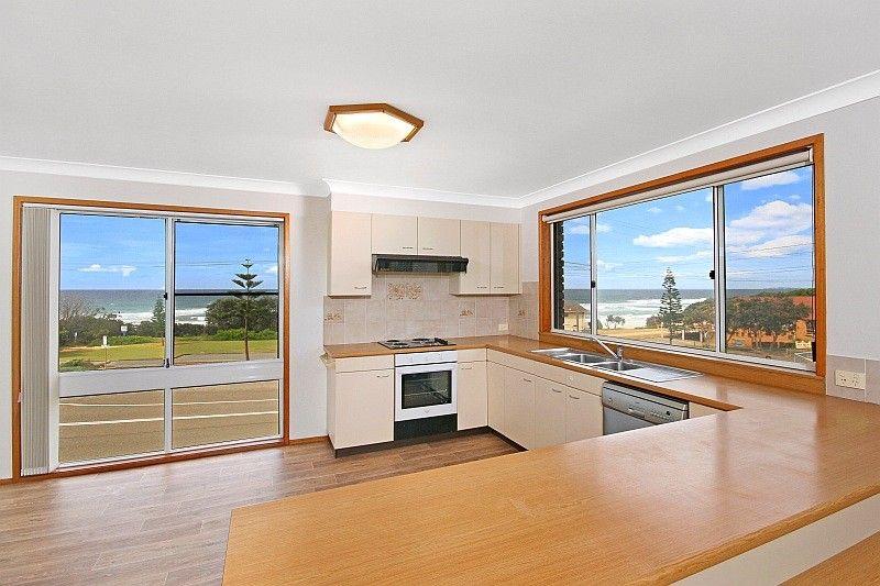 35 Matthew Flinders Drive, Port Macquarie NSW 2444, Image 2