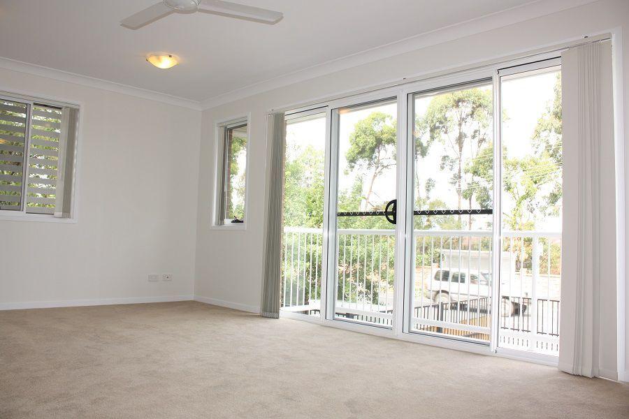 22 Yulia St, Coombabah QLD 4216, Image 1